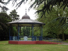 Kingston Upon Thames, Bandstand, Surrey © Colin Smith